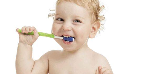 La importancia de cuidar los dientes de leche