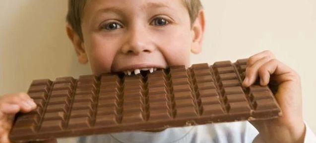 Cómo evitar las caries en niños pequeños y bebés